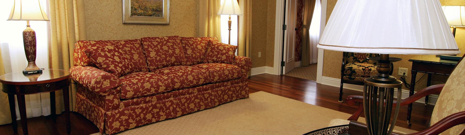 Full Suite of Charley Creek Inn - Wabash, Indiana