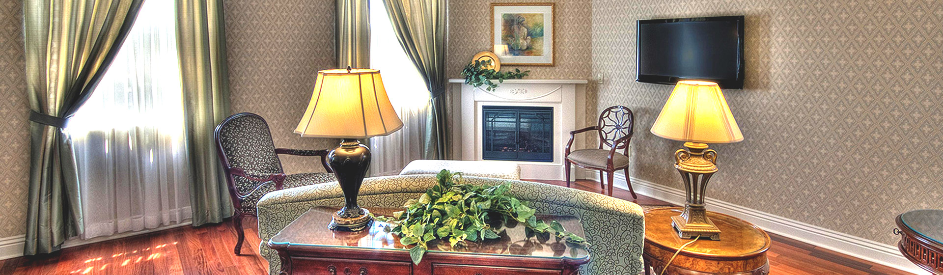 Room With Televison at Charley Creek Inn - Wabash, Indiana